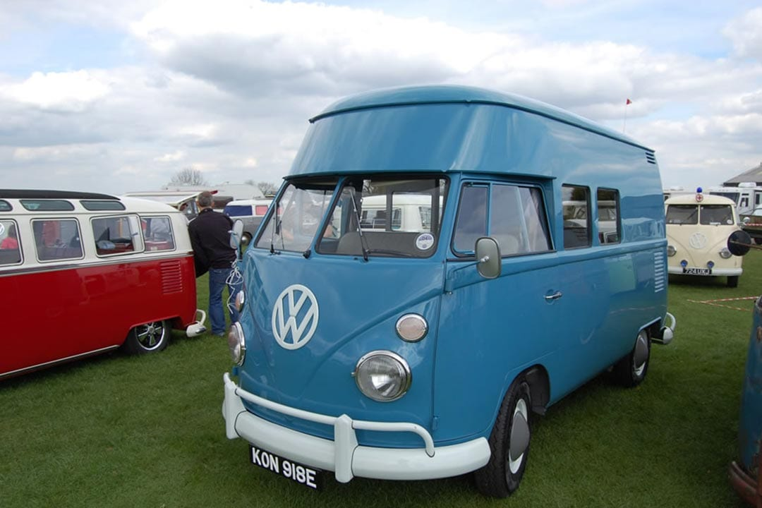 Rusty Lees trading at busfest 2014